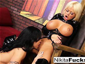 Nikita Von James and clitoris Jade smash