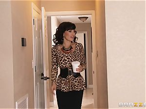 Jade Nile smashes her stud with his fabulous stepmom Lisa Ann