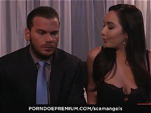 SCAM ANGELS - Kat Dior and Morgan Lee red-hot threeway