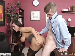 Lisa Ann - My big-titted mature orgy therapist