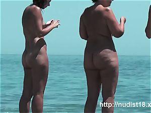 torrid chick at the beach highly warm hidden cam hunter