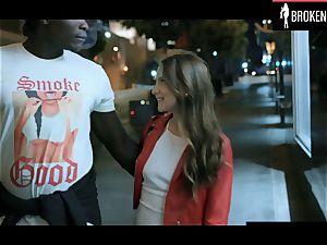 Latina girl cheats on bf and gets screwed by draped ebony dude