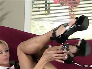 stunning Nikita von James knows how to taunt the camera