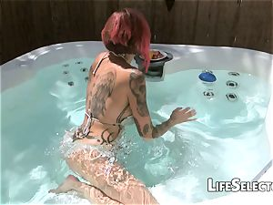 mummy Anna Bell Peaks adores and deep throats a gigantic cock