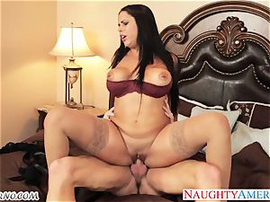 youthfull elite mexican fuckslut seduces her mother's new lover