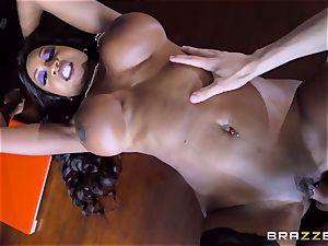 huge bap horn mummy Diamond Jackson exploits her young assistant Jordi El