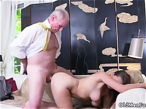 inexperienced nymph jerking Ivy amazes with her giant knockers and butt