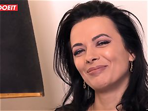 LETSDOEIT - Romanian hotty Creamed By a French meatpipe