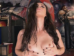 Boxing babe Casey Calvert wanking in the boxing club