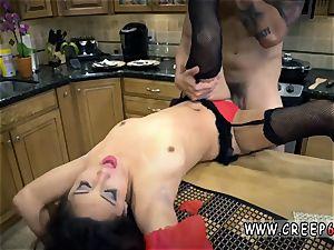 Deep raunchy ass-fuck and extreme fucktoys prick scanty Jade Jantzen.