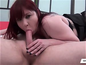 Donna Austin Gives lovely suck oral job