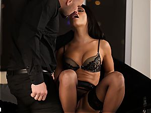 Adriana Chechik's a-hole gets creampied