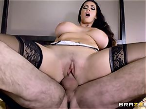fat titted Alison Tyler smashes her lover as she speaks to her guy