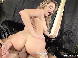 Mia Malkova gets her dancing backside boinked to the testicles