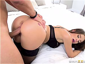delightful blue eyed Lana Rhoades gets her sugary culo fucked