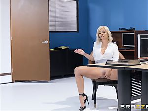 banging on her lunch break