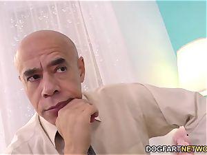 dad Wants Her daughter-in-law Esperanza attempts big black cock anal invasion