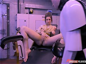 Stella Cox pussy hammered by a space agent