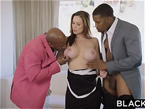 BLACKED hot Trophy wifey plumbs bbc in husband's couch