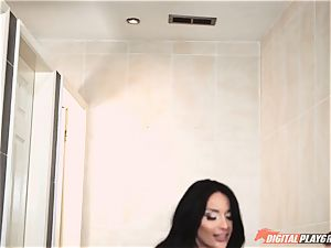 nasty stellar Anissa Kate anally rammed in the shower