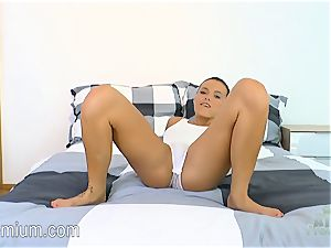 Vanessa Decker displaying off and fingering